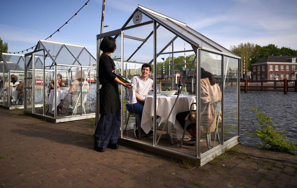Can greenhouses solve socialdistancing?